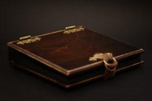 album drewniany na zdjęcia